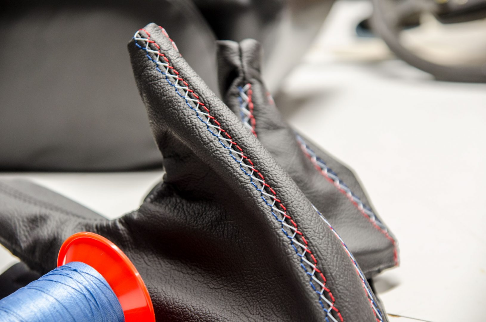 Sattlerei K.M. Lederdesign, Polsterer, Lederverarbeitung polstern bmw, Lederinterieur für Autos