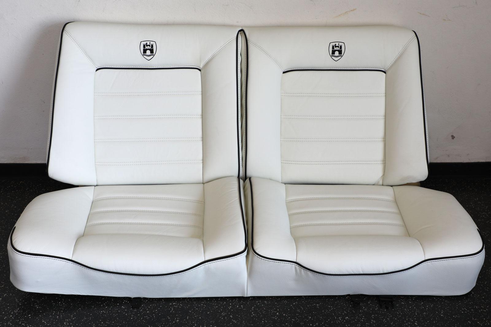 Sattlerei K.M. Lederdesign, Polsterer, Recaro Sitze weiß Sattlerei Autositze beziehen